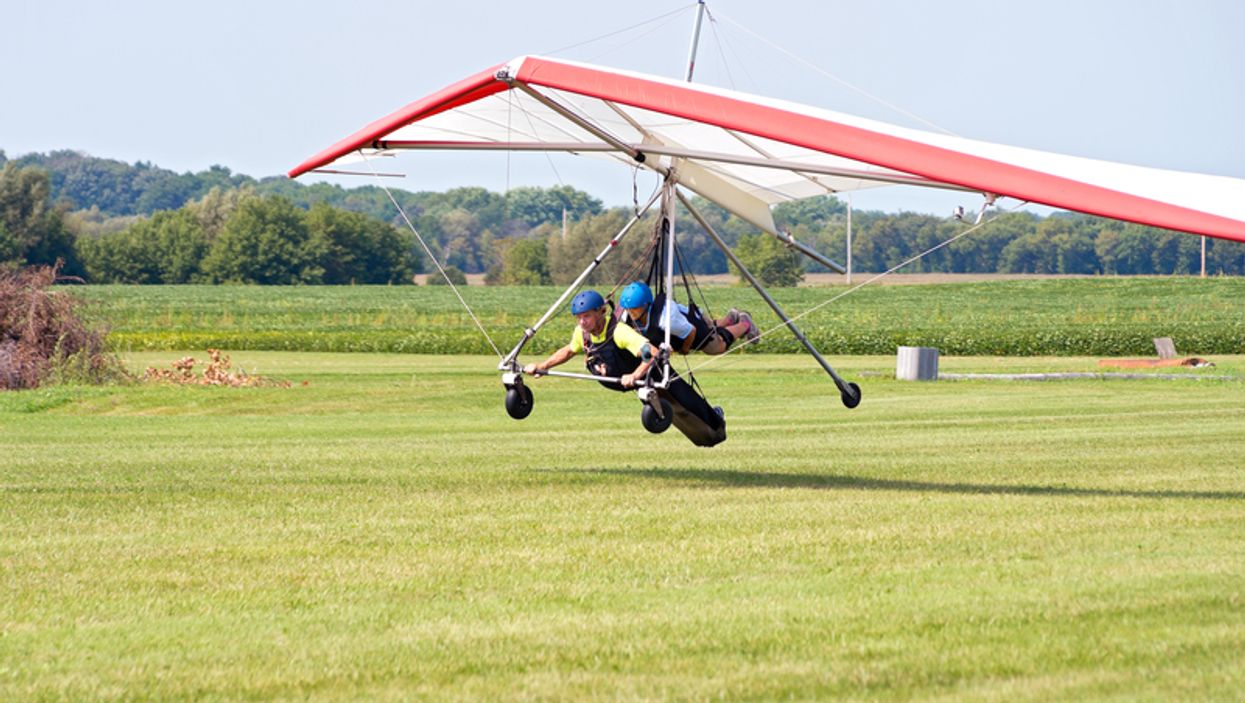 You Can Go Hang Gliding Over Ontario This Summer For An Epic Adventure