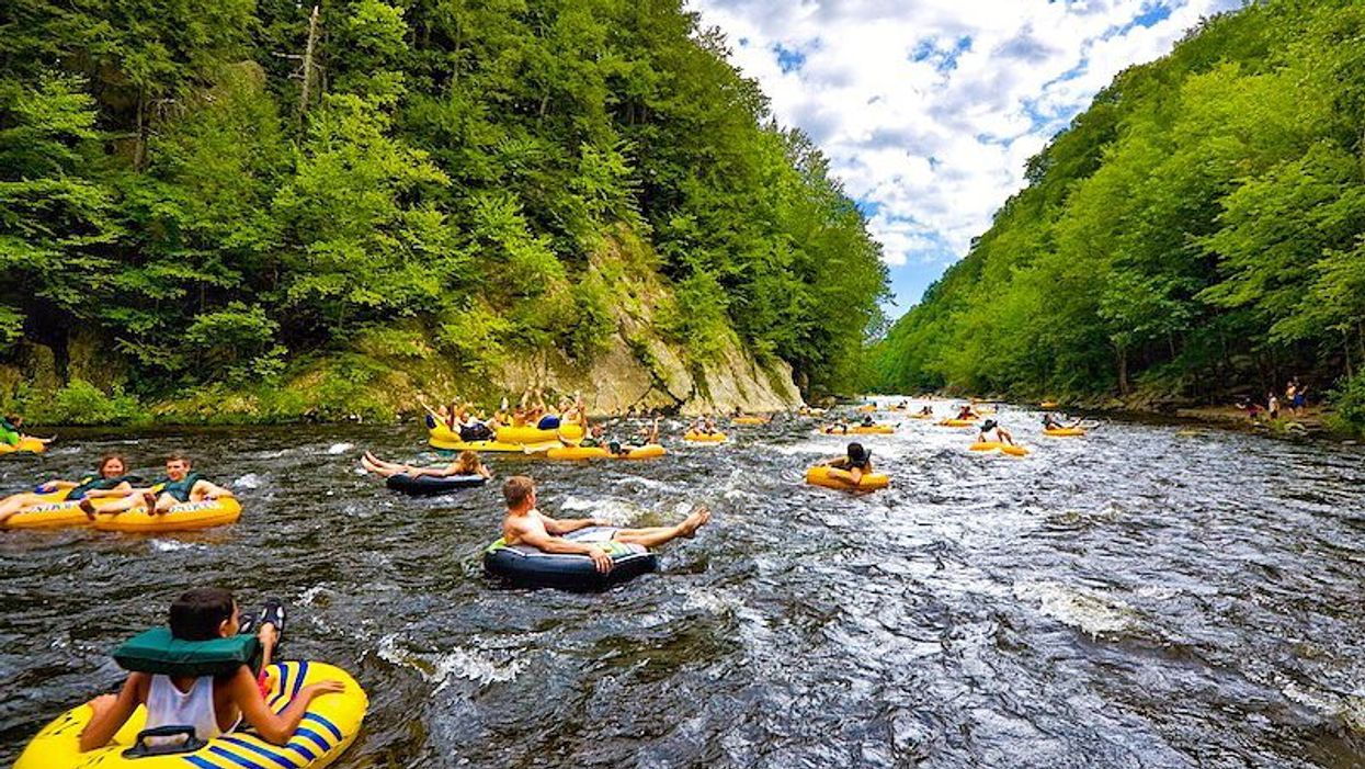 10 Lazy Rivers Near Toronto That Are Perfect For Tubing On A Sunny Day