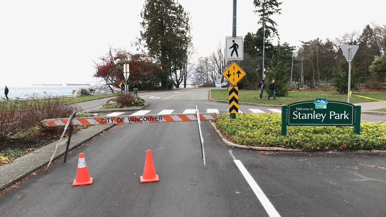 Strong Wind Storm In Vancouver Causes Major Parks And Areas In The City To Completely Shut Down