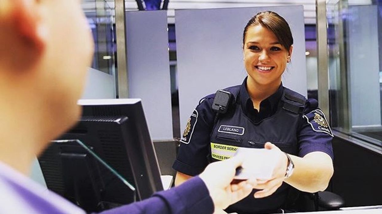 Canada Border Services Is Hiring New Agents Without Previous Experience And The Salary Starts At $64,000