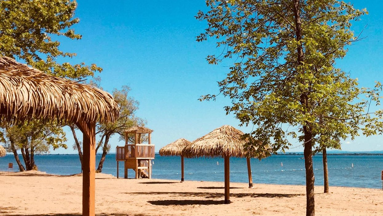 This Beach Near Ontario Will Make You Feel Like You're On A Caribbean Vacation