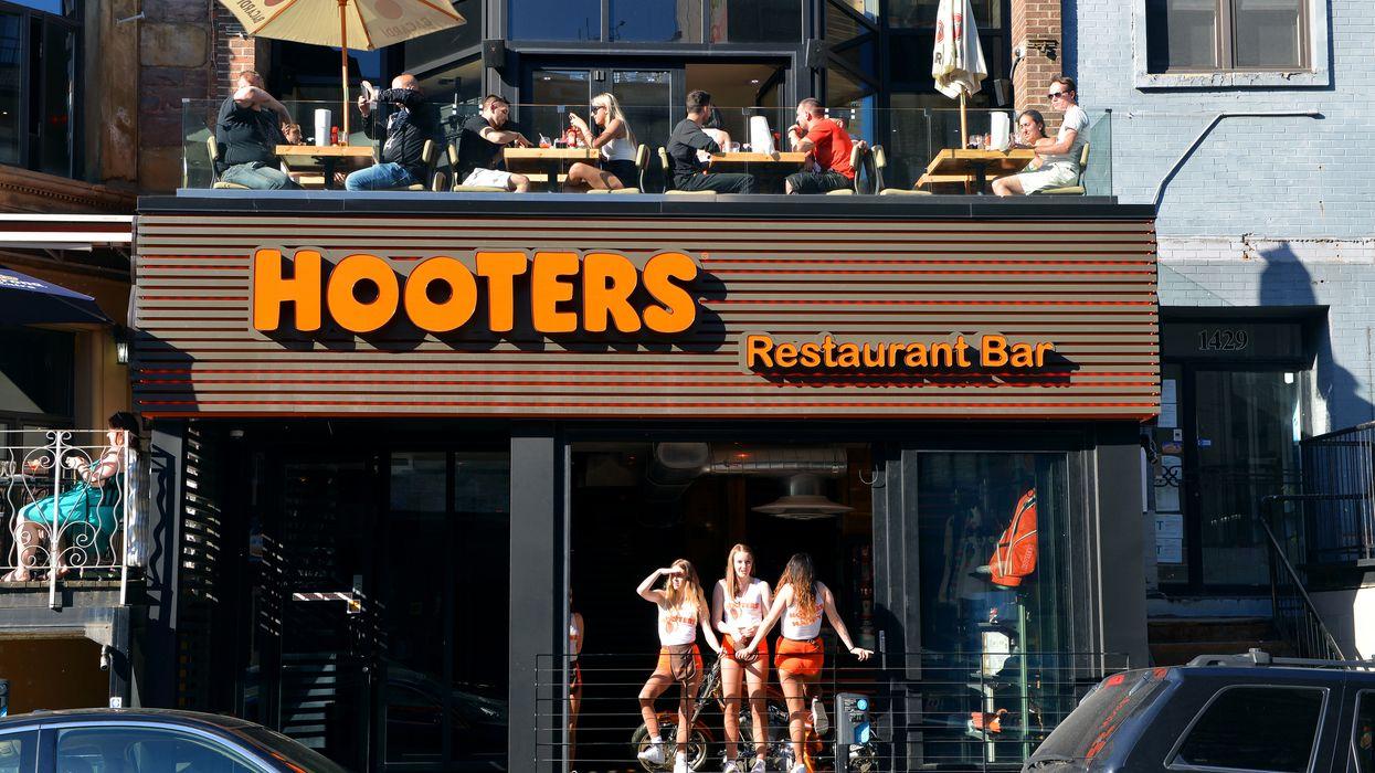 Les deux seuls restaurants Hooters du Québec ont fermé abruptement et sans explications dans les dernières semaines