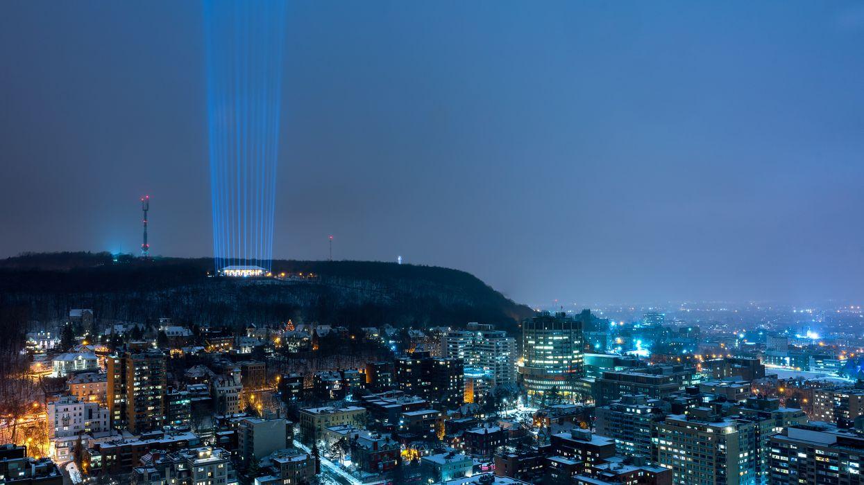 14 faisceaux lumineux illumineront Montréal pour commémorer la tuerie de Polytechnique