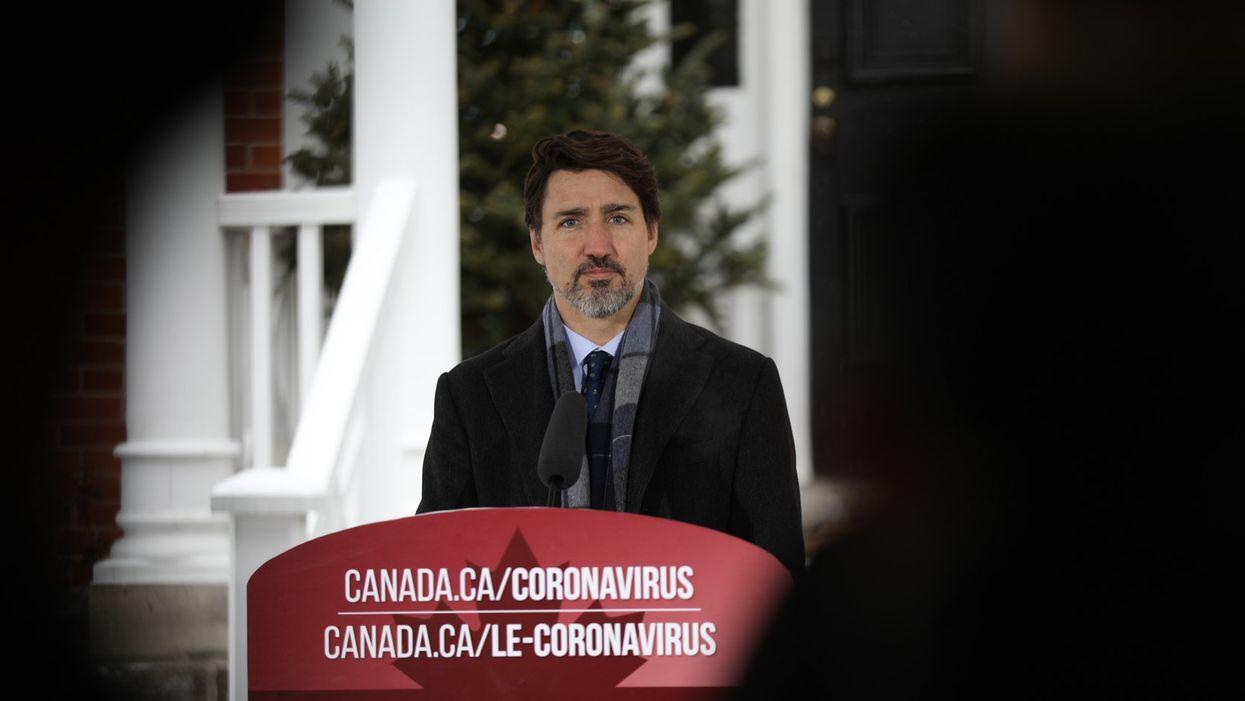 Justin Trudeau affirme que l'aide financière sera bientôt acheminée aux Canadiens