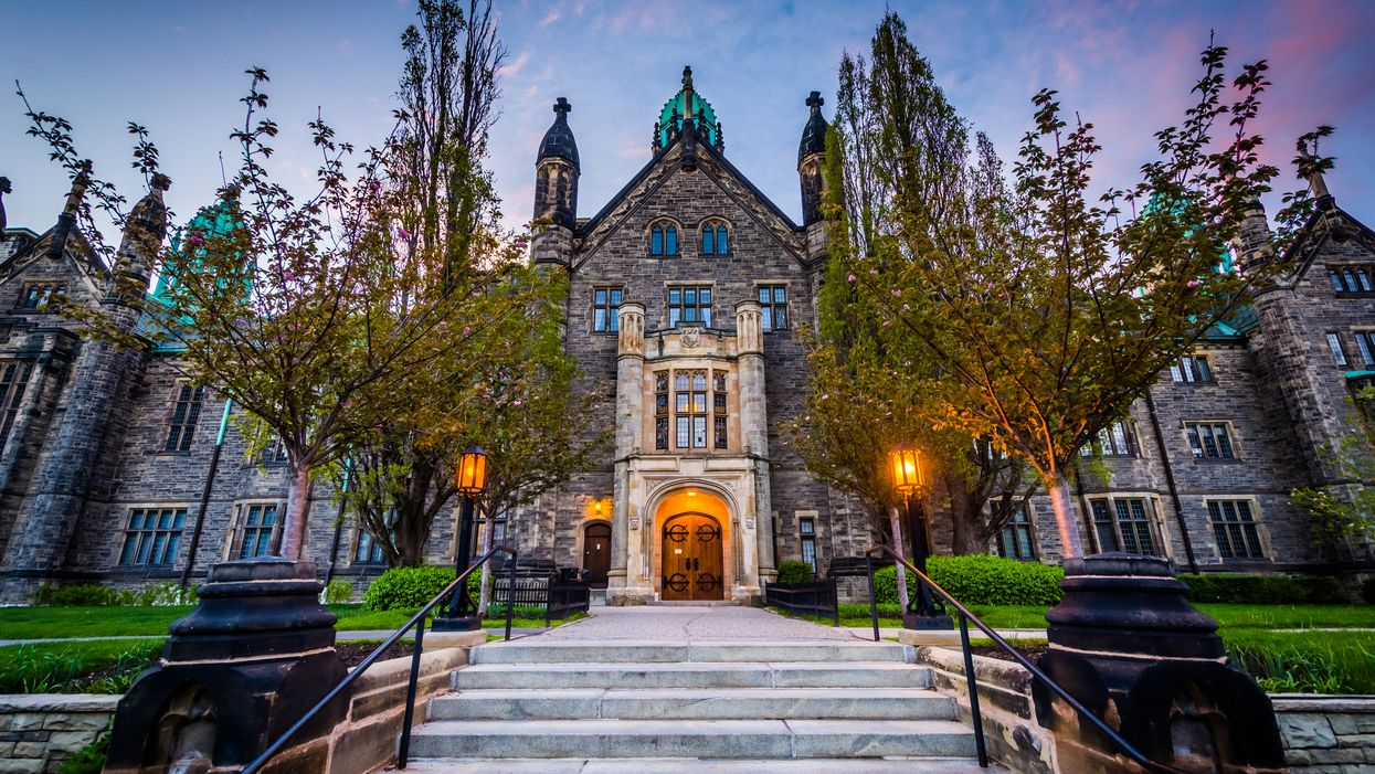 7 Beautiful University Campuses In Ontario That Look Like A Whole Other World