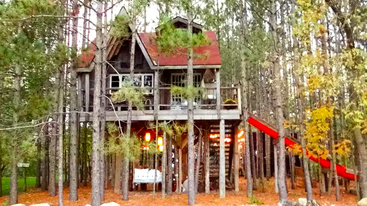 8 Insane Treehouses You Can Rent Less Than 7 Hours From Toronto