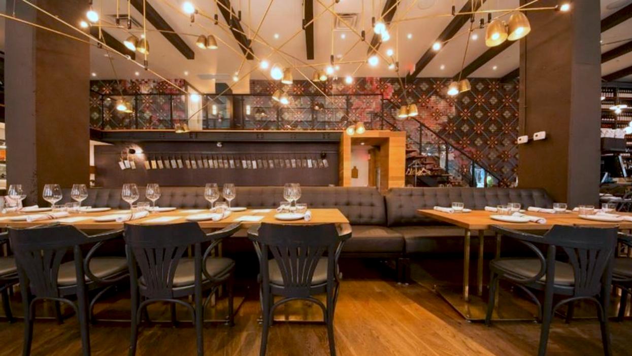13 Super Romantic Restaurants To Rekindle Your Love At In Toronto