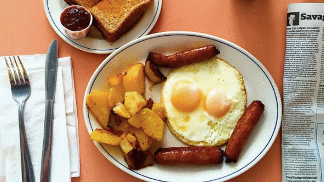 13 Greasy Breakfast Spots In Toronto Perfect For Your Hangover