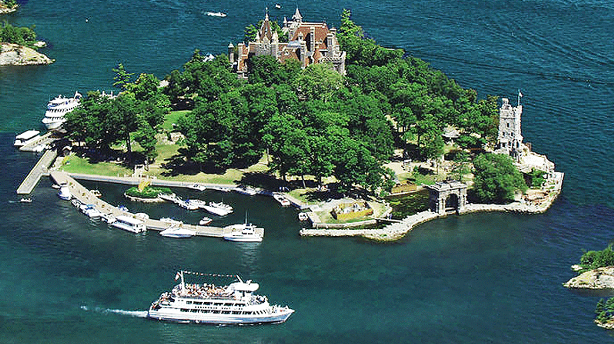 This Cruise Will Take You On A Scenic Tour Of The 1000 Islands In Ontario