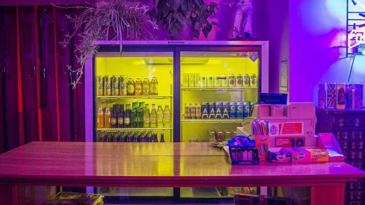 """20 """"Secret Bars"""" In Toronto You've Got To Check Out"""