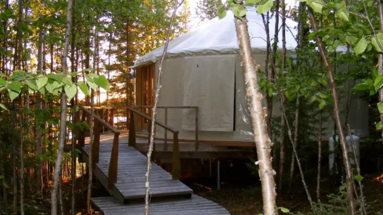 You Can Rent This Lakefront Eco Lodge Near Toronto For Super Cheap This Summer