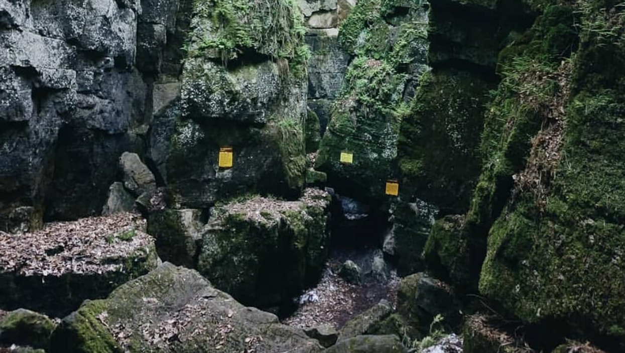 These Ancient Caves In Ontario Will Lead You To Stunning Panoramic Views Of Georgian Bay