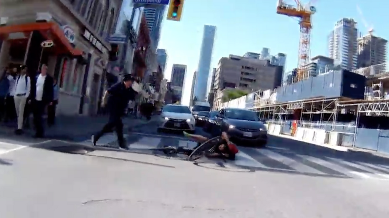 A Driver Jumped Out Of His Car To Attack A Cyclist In Toronto And The Story Is Wild (VIDEO)