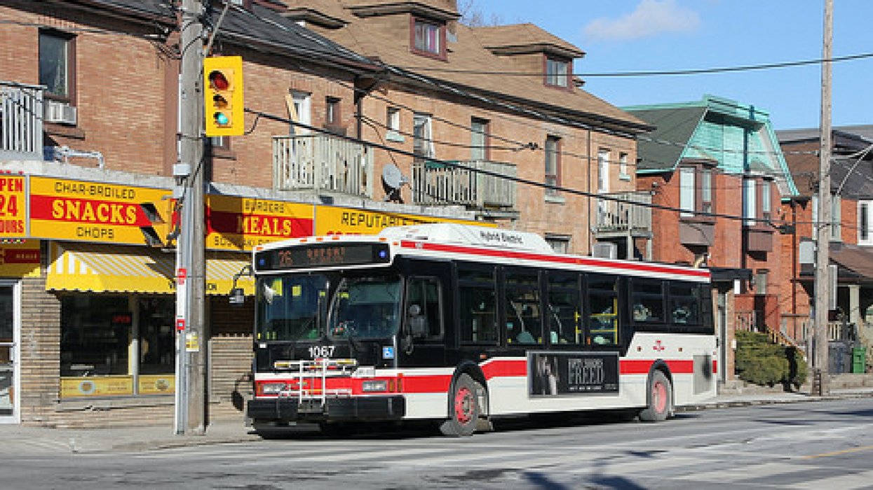 """Toronto Commuters Have Spoken: """"Bus Bunching"""" Has Been Ruining The City's Transit System For Years"""