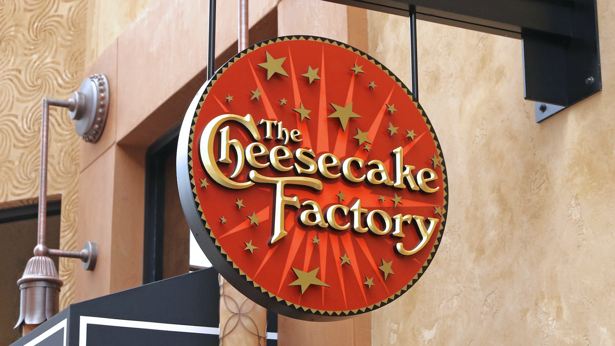 There's Actually Another Place Near Toronto That Sells The Cheesecake Factory's Famous Cake Slices
