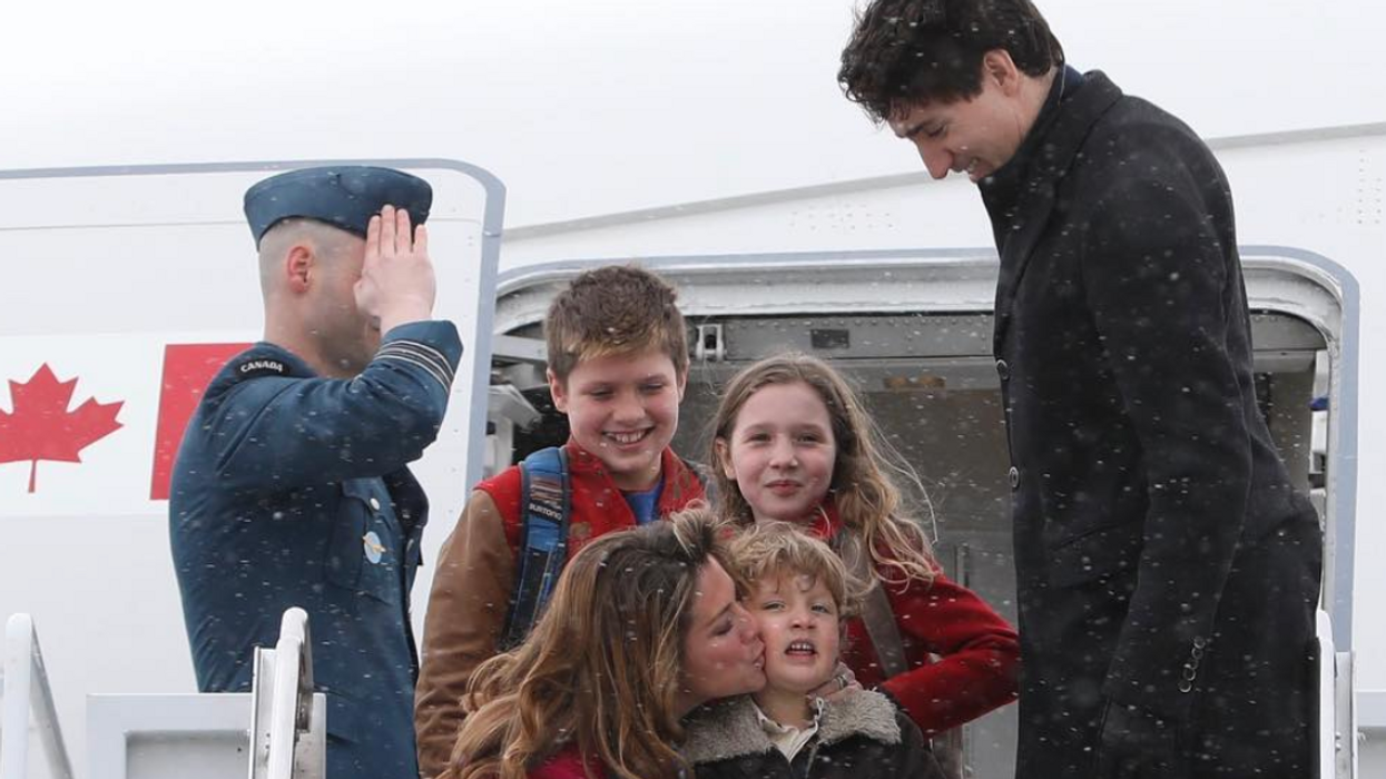 Justin Trudeau Doing Christmas Things In Pajamas With His Family Is The Cutest Thing You'll See All Day