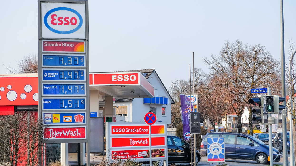 Canadian Gas Prices Are Set To Be The Highest They've Been Since 2014 So Get Ready To Start Using A Bike