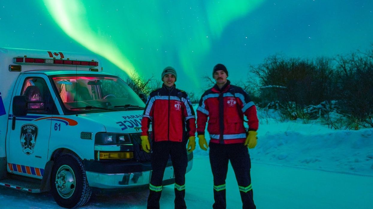 Jaw-Dropping Northern Lights Were Captured By Canadian Paramedics During The Polar Vortex