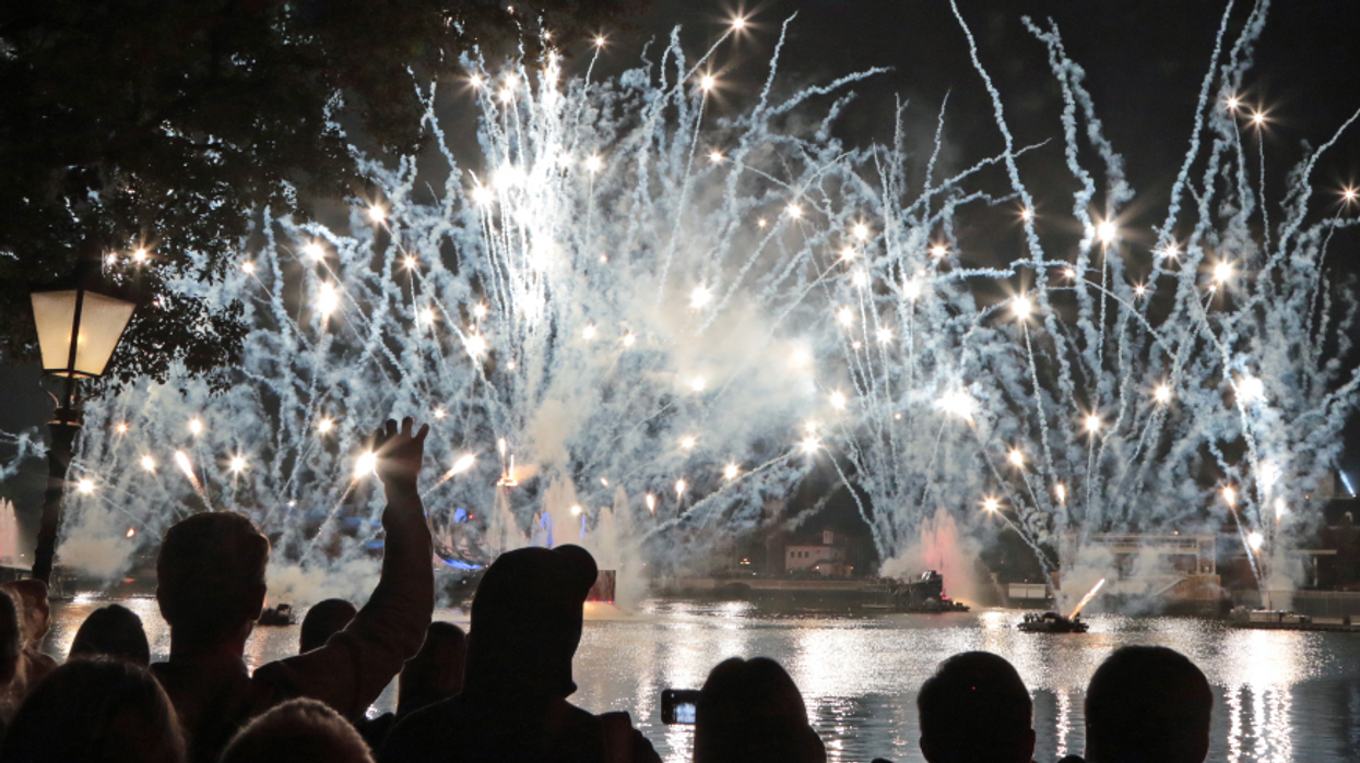July 4th Fireworks In South Florida Will Still Illuminate The Skies This Weekend