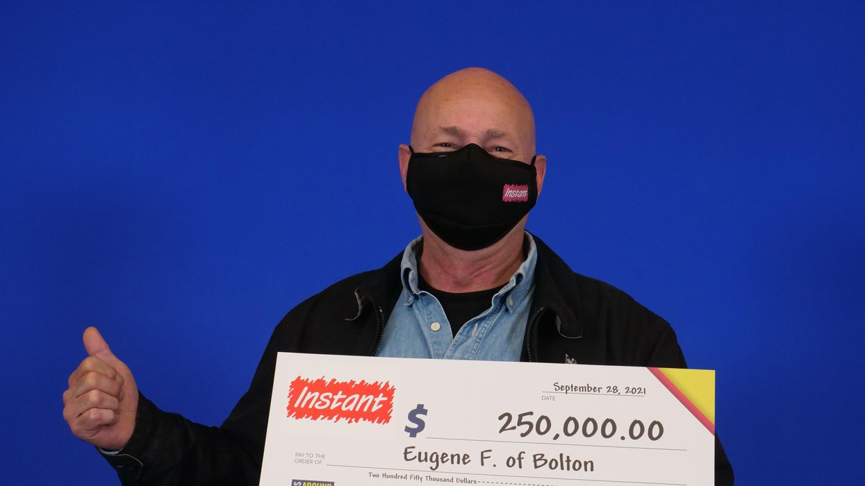 Ontario Lottery Winner Found Out He Won At The Store & Strangers Celebrated With Him