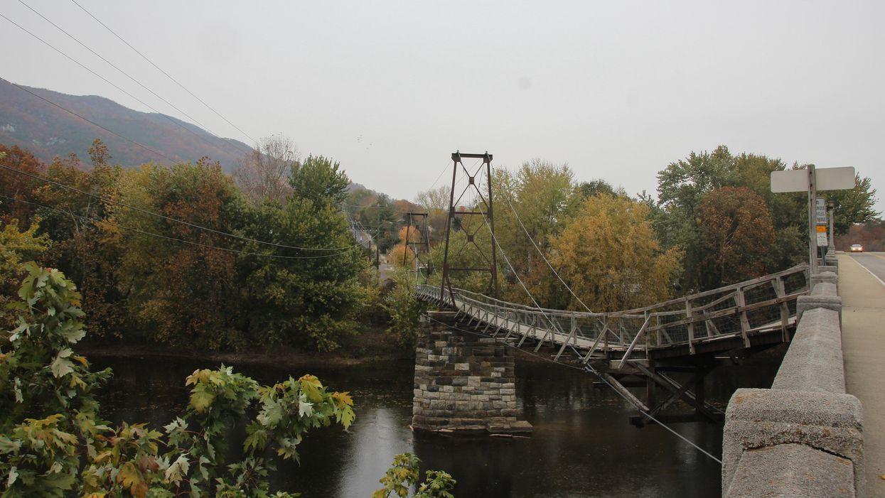swinging bridge in virginia