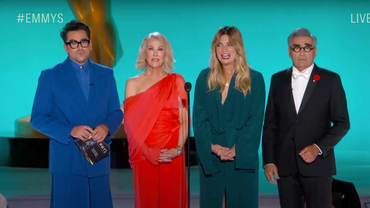 The 'Schitt's Creek' Cast Gave Out An Emmy Award Last Night & Things Got Awkward (VIDEO)