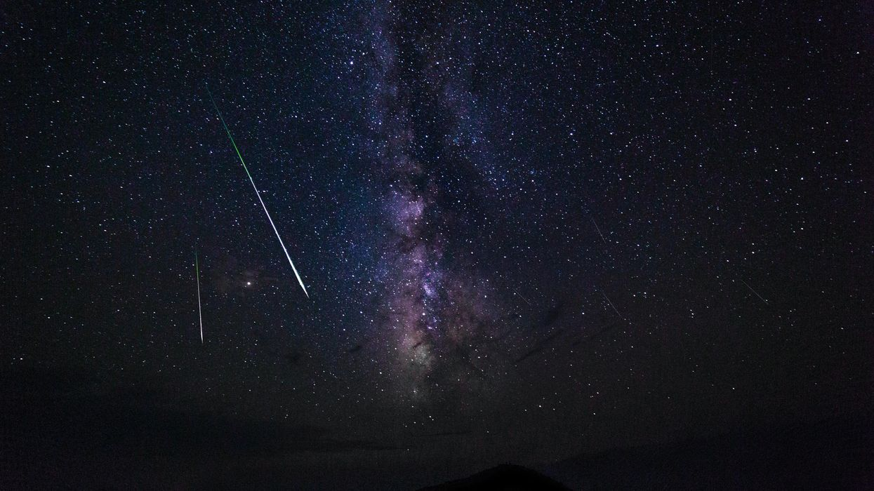 There Are More Dazzling Meteor Showers To Come In 2021 & You Can See Them Across Canada