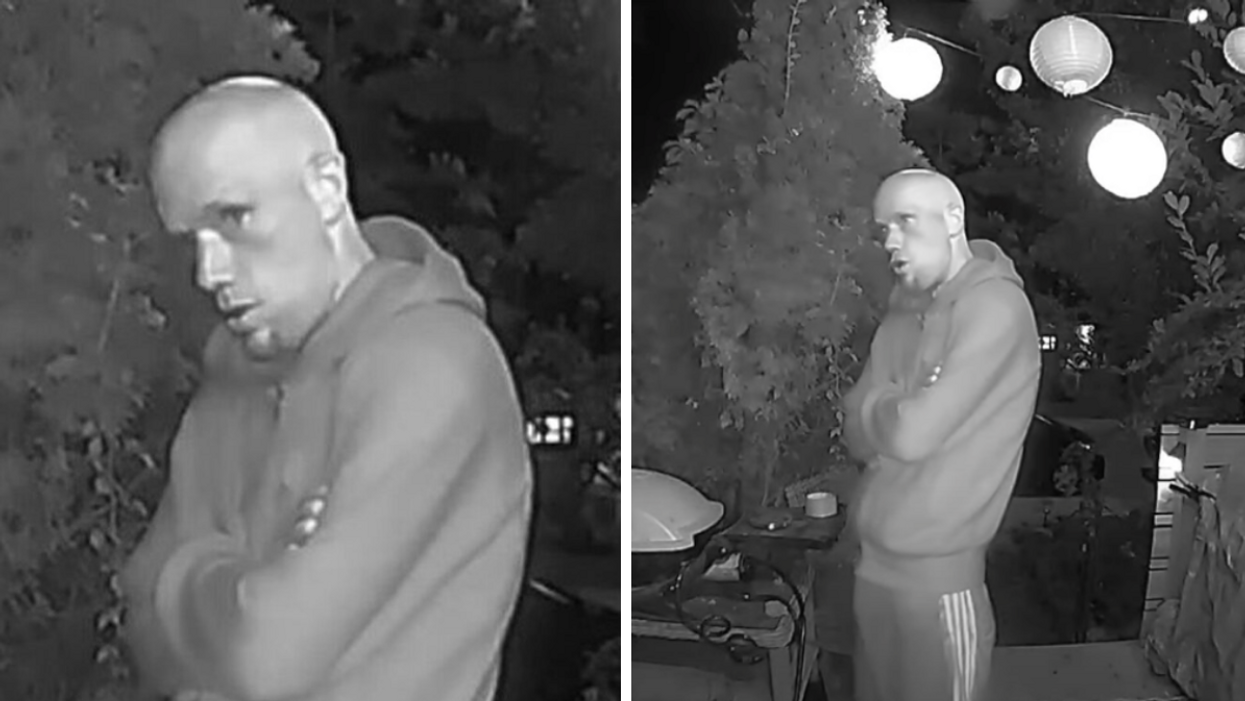 Toronto Police Are Looking For A Man Reportedly Trying To Get Into East End Homes (VIDEO)