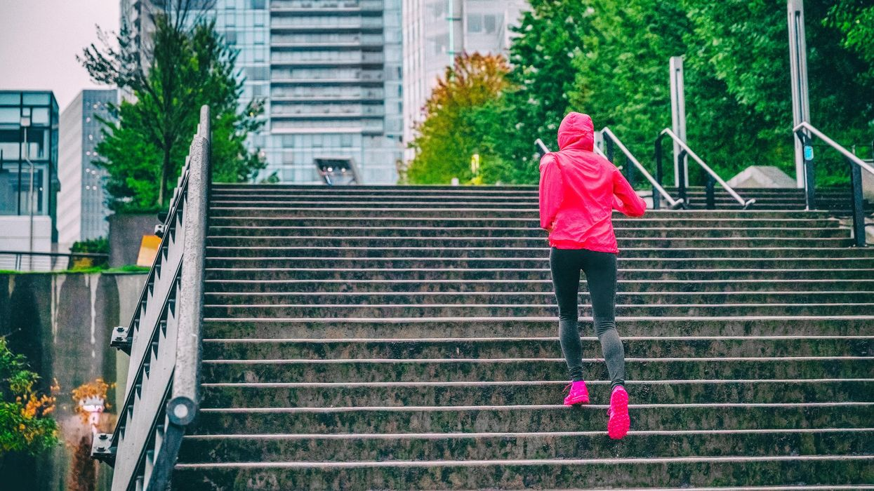 Vancouver's Forecast Predicts A Buttload Of Rain This Weekend & Here's When It'll Be Wettest