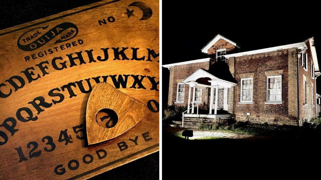 You Can Experience A Spine-Chilling Séance In An Old Victorian Farmhouse This Halloween